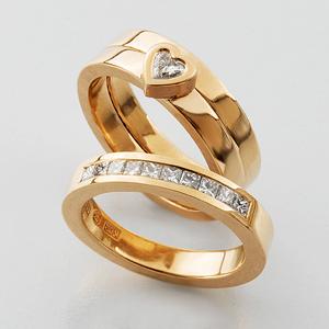 Enstenring med hjärtslipad diamant. Alliansring med prisess-slipade diamanter